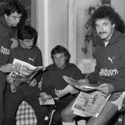 Trainingslager beim TSV 1860: Heinz Flohe mit Teamkollegen.