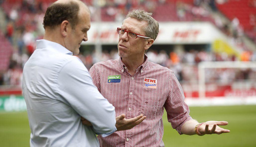 Trainer Peter Stöger Sportchef Jörg Schmadtke im Gespräch.