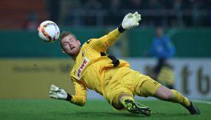 Timo Horn rettete mehrfach für den FC: Der 1. FC Köln verliert in der 2. Runde des DFB-Pokal bei Werder Bremen. (Foto: DeFodi / Cathrin Müller)