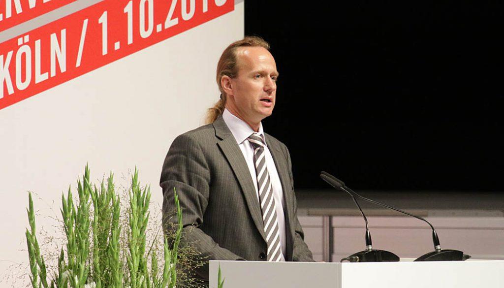 Stefan Müller-Römer.