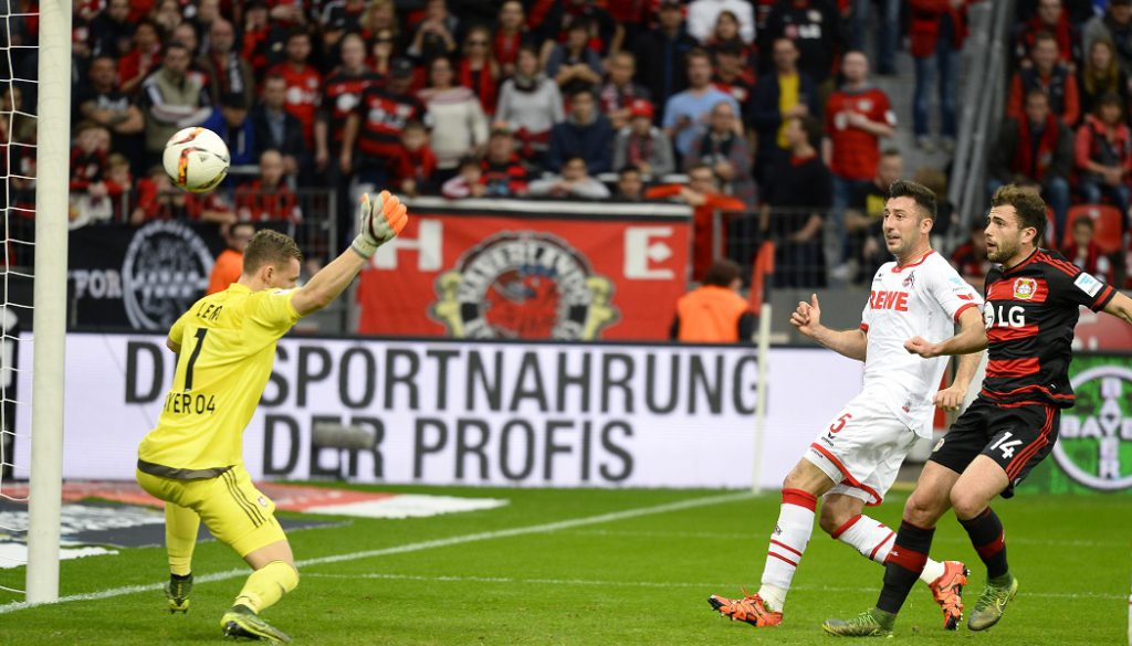Dominic Maroh trifft zum 1:0 für den Effzeh in Leverkusen. (Foto: MV)