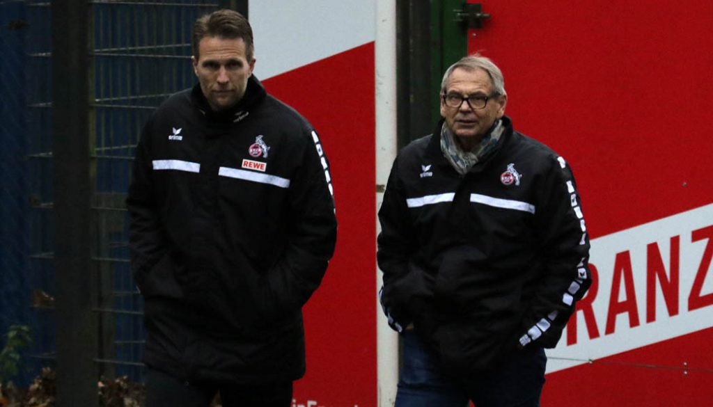 Alex Bade und Dr. Werner Zöchling am Freitag beim Training des 1. FC Köln.