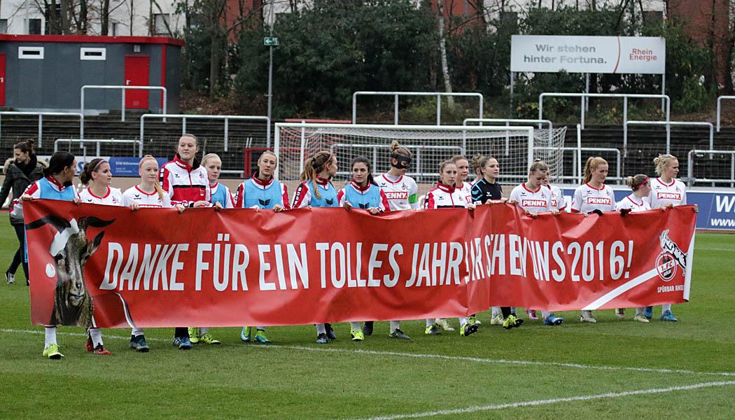 Die Frauen des 1. FC Köln bedanken sich bei ihren Fans.