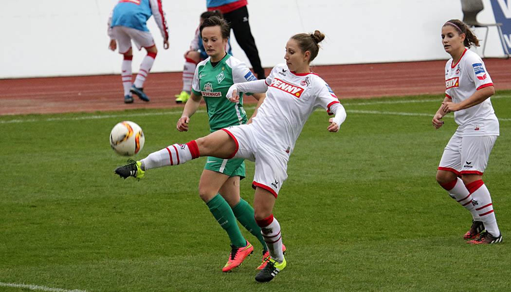 Die Frauen des 1. FC Köln und Werder Bremen trennen sich 2:2.