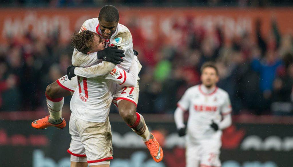 Anthony Modeste und Yannick Gerhardt beim Torjubel nach dem Treffer zum 3:1 gegen Eintracht Frankfurt. (Foto: Jörg Schüler)