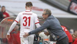 Peter Stöger mit Yannick Gerhardt. (Foto: MV)