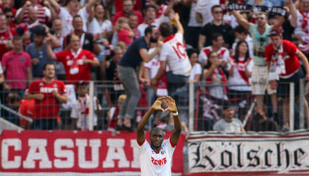 Der beste Saisonstart seit 19 Jahren: Dem Effzeh gelang mit den beiden Siegen gegen den VfB Stuttgart und den Hamburger SV und dem Unentschieden gegen den VfL Wolfsburg ein optimaler Start in die Saison. Und auch in den folgenden Spielen blieb Köln erfolgreich und legte den besten Saisonstart seit 19 Jahren hin. Insgesamt spielte die Stöger-Truppe eine starke Hinrunde und holte 24 Punkte.
