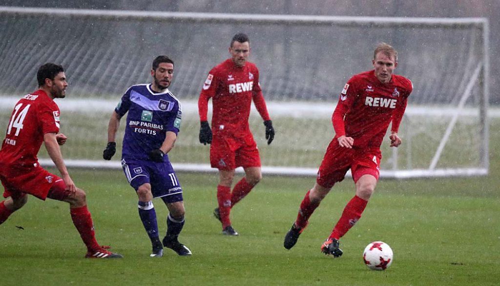 Frederik Sörensen im Spiel beim RSC Anderlecht. (Foto: GBK)